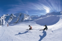 Find season work in Fulpmes with Ski Jobs